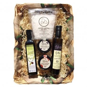 Geschenkkorb mit Olivenöl & Feinkost aus Griechenland