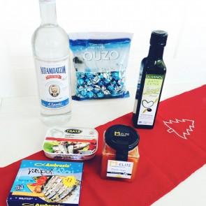 Ouzo Geschenkkorb - Süßes & Pikantes für Männerherzen